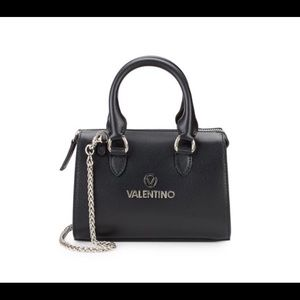 Valentino satchel 💋☀️🎁